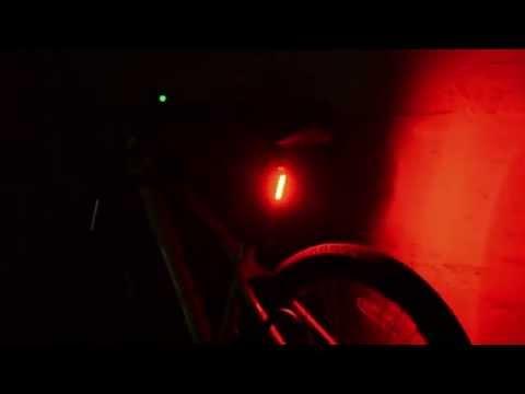 lampara luz trasera roja para bicicleta estilo serfas