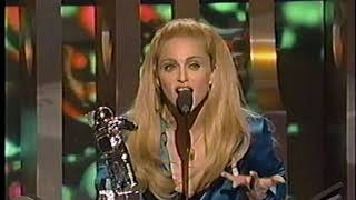 Madonna  / 1995_09_07   MTV Video Awards / Presenting Best Rap Video and Accepting Best Female Video