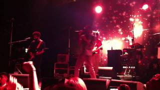 TV on the Radio - Repetition into Wolf Like Me (Live)