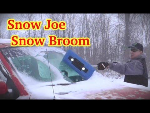 Grey Snow Joe SJBLZD-LED-GRY Illum-n-Broom LED Lighted 4-in-1 Snow Broom Plus Ice Scraper