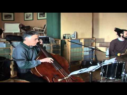 Alunmes Conjunt Instrumental 1 Àgata Palencia a Jafre Març del 2014