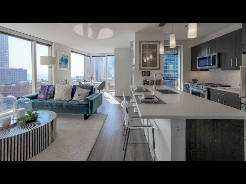 A Streeterville -10 2-bedroom model at the amenity-rich Moment apartments