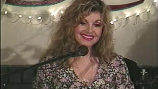 Stella Parton playing the auto harp & singing 'In the Sweet By and By'