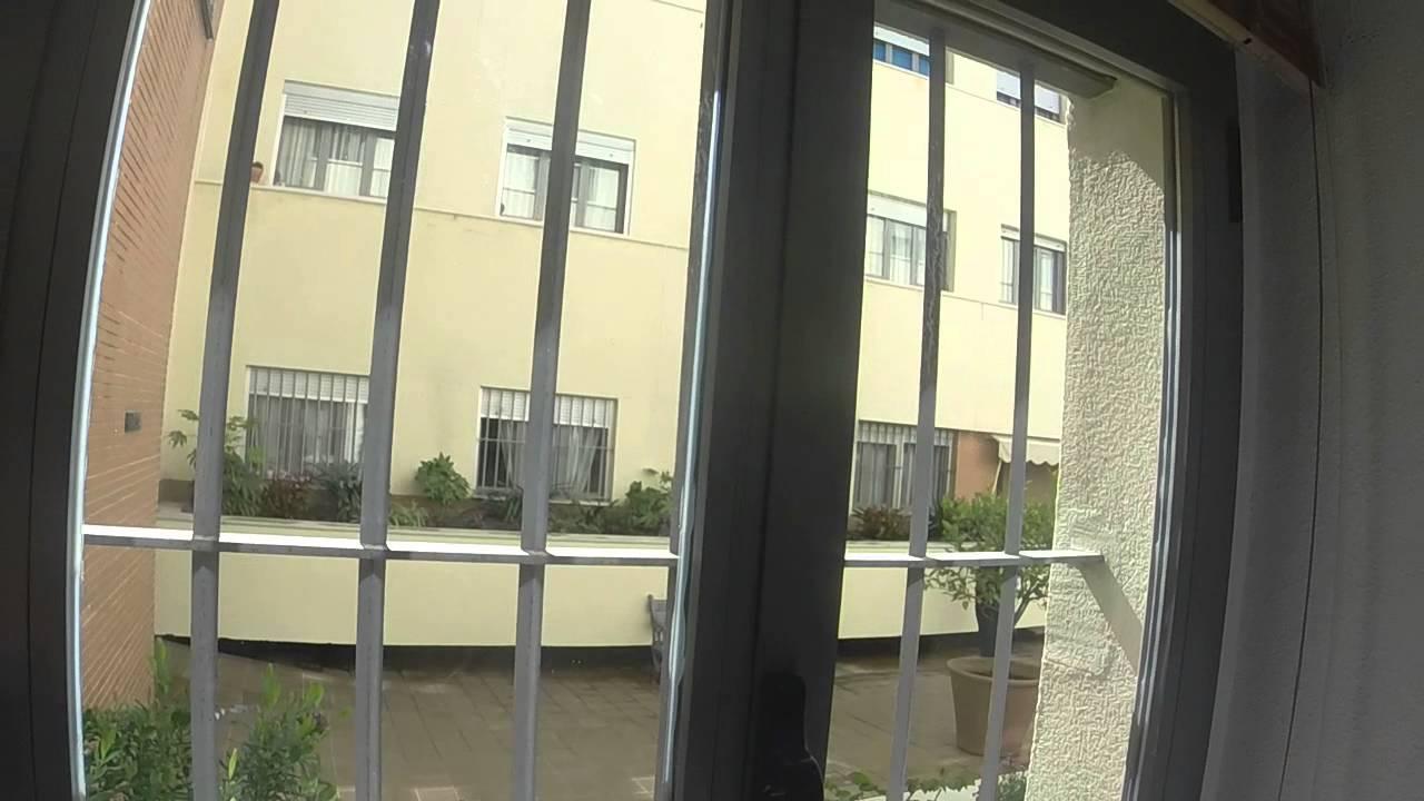 Tranquilo piso interior de 2 habitaciones en el centro de la ciudad, a unos minutos de la estación de tren