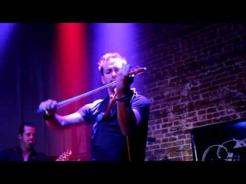 Bale-Chill(Live At Club Detroit)