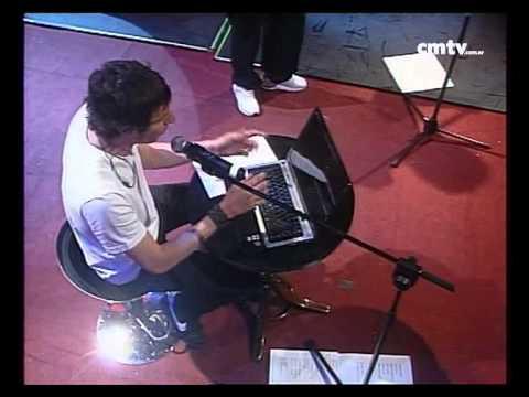 El Cuarteto de Nos video Breve descripción de mi persona  - CM VIVO 02/12/2009