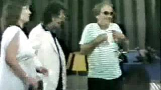 Humor Durrsak Me Fadil Hasa, Muharrem Hoxha, Roland Koça, Aishe Stari, Pjesa 2