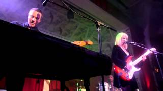 The Joy Formidable - Ostrich (live at the Deaf Institute)
