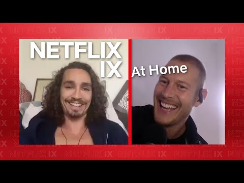 Robert Sheehan and Tom Hopper Sing, Dance & Answer Questions | The Umbrella Academy