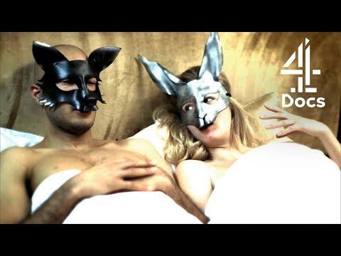 Donna con Megen Fox