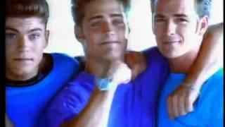 Смотреть онлайн Заставка к сериалу Беверли Хилс 90210