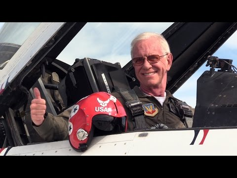 """""""Sully"""" Sullenberger Flies with the Thunderbirds"""