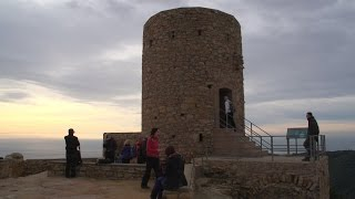 preview picture of video 'Resumen Jornada Senderismo 27/12/2014 Castell de Burriac'