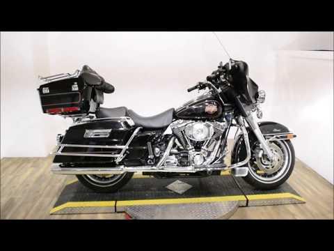 2002 Harley-Davidson FLHTC/FLHTCI Electra Glide® Classic in Wauconda, Illinois