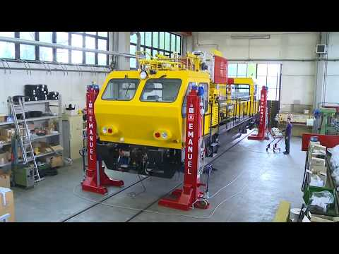 SCM - SOLLEVATORI PER VEICOLI FERROVIARI - LIFTING JACKS FOR RAILWAY VEHICLES