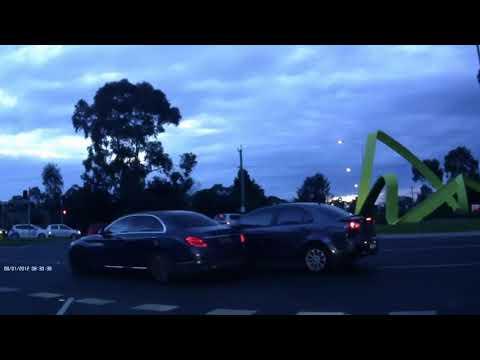 Australian Car Crash / Dash Cam Compilation 18