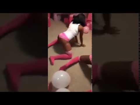 Romantic dance,twerk, booty shake