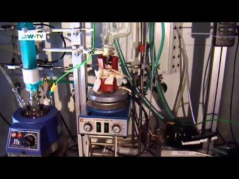 Der Akkumulator für nissan pressasch das Benzin