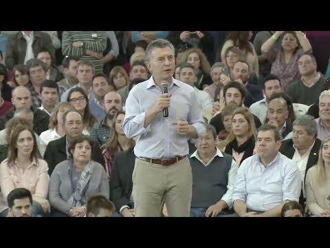 En campaña, Macri criticó al kirchnerismo y llamó a