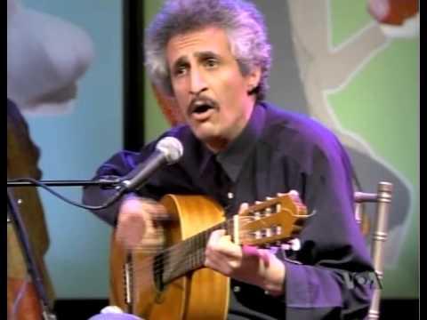 Mohsen Namjoo - Hammash (Acoustic) - Live on VOA's Nowruzit / محسن نامجو - همهش