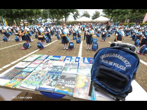 Más de 12 mil hijos e hijas de policías reciben sus mochilas escolares