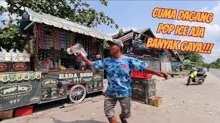 Download Video KEREN!!! BARTENDER LEWAT SAMA PEDAGANG POP ICE SATU INI! MP3 3GP MP4