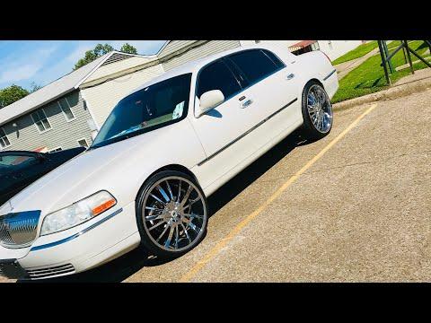 06 Lincoln Town Car 24 inch rims