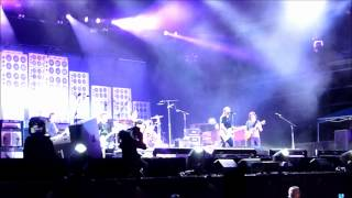 preview picture of video 'Pearl Jam @ Arras, Main Square Festival - 30.06.2012'