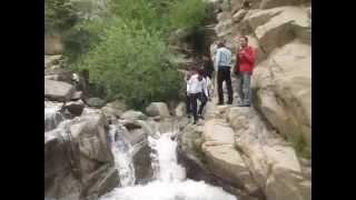 preview picture of video 'Wasserfall Hamadan, Iran Begegnungen'