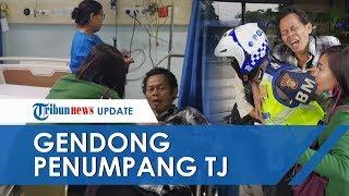 POPULER: Viral Video Aksi Heroik Polisi Gendong Penumpang Transjakarta yang Serangan Jantung
