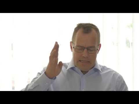 Walgusnoje die Abweichung des ersten Fingers beim Kind