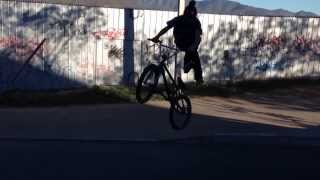 preview picture of video 'Bmx ovalle'