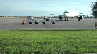 preview picture of video 'Air France plane arrived to Bastia airport'