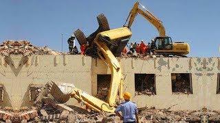 WOW! IDIOTS Heavy Equipment Trucks Excavator Skills Fail - Loader Excavator Fail