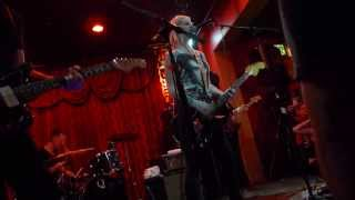 Brody Dalle - Coral Fang LIVE HD (2014) Long Beach Alex's Bar