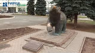 Памятники и скульптуры зимой