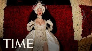 The Most Over The Top Met Gala Looks Of 2018 | TIME - dooclip.me