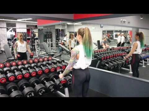 Jak zbudować mięśnie klatki piersiowej push-upy
