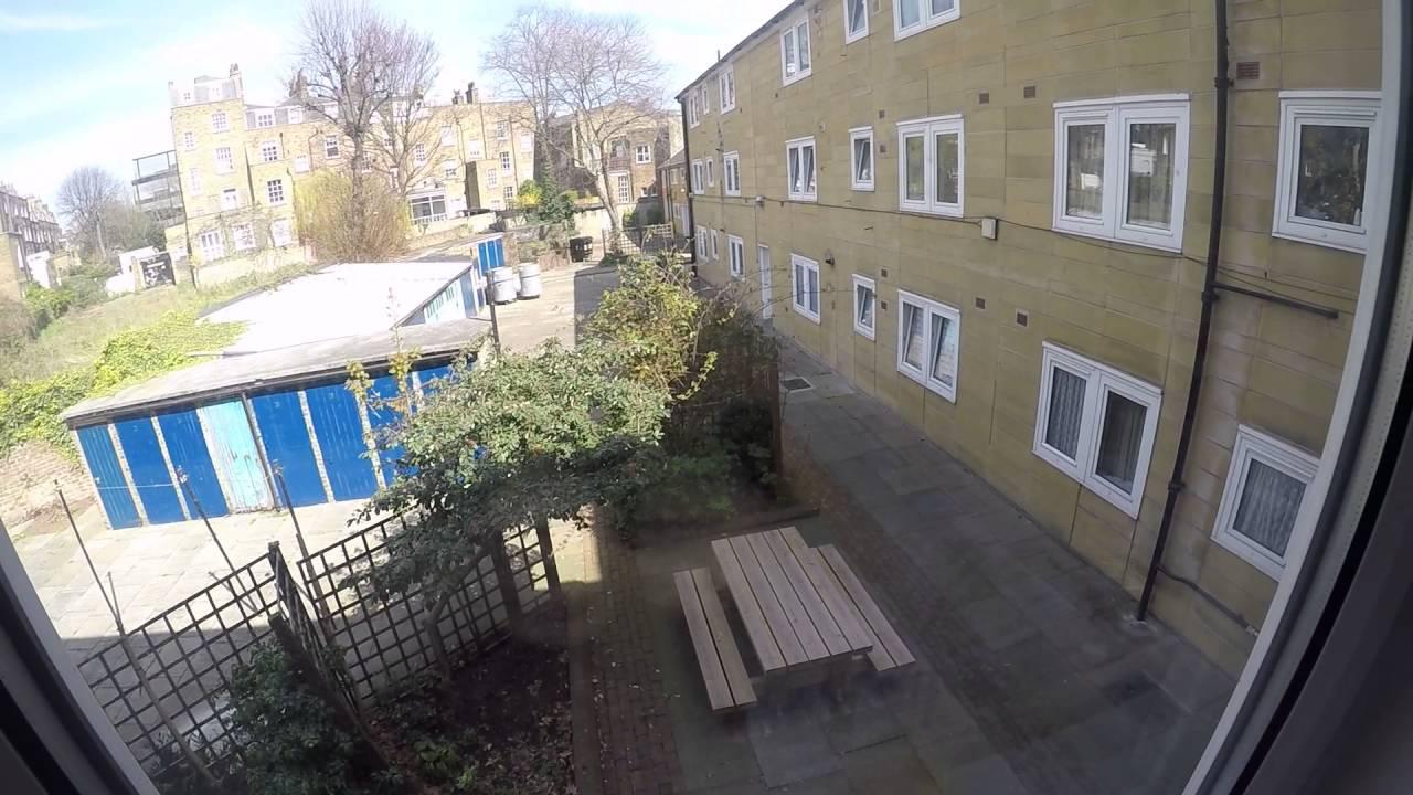 3 rooms to rent in modern flat near City University in Islington