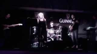 Timeless cover band live @ New Sea Legend - Sign o' the Times