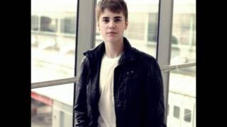 Justin Bieber   Bigger