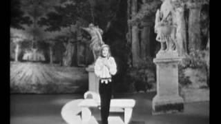 Dalida Je m'endors dans tes bras et le temps des fleurs télé dimanche  1968