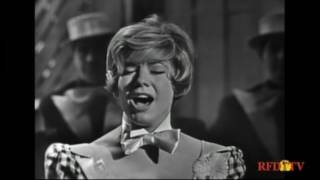 Vikki Carr--Rock-a-bye Your Baby With a Dixie Melody, 1964 TV