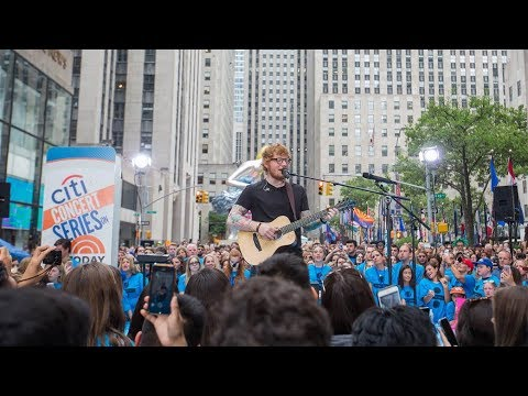 """Ed Sheeran perform """"Shape of You"""" on Today Show"""