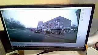 Видео из кабины автобуса, который влетел в остановку на Сходненской