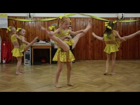 Gymnastický klub GRACEFUL Hodonín - vystoupení ples hasičů Milotice
