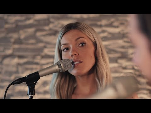 UNDRESSD - Forever Young (acoustic)   Live@RadioAddict