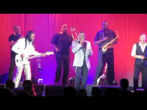 "Earth, Wind, Fire: ""My Promise"" (newer song) Live at Fantasy Springs--Indio, CA 2014"