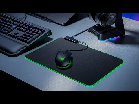 Razer Goliathus Chroma Mouse Mat - Unboxing & Overview