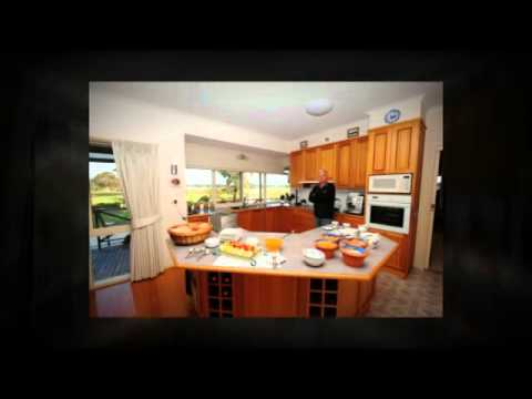 Eco property for sale Lake Lonsdale Victoria.